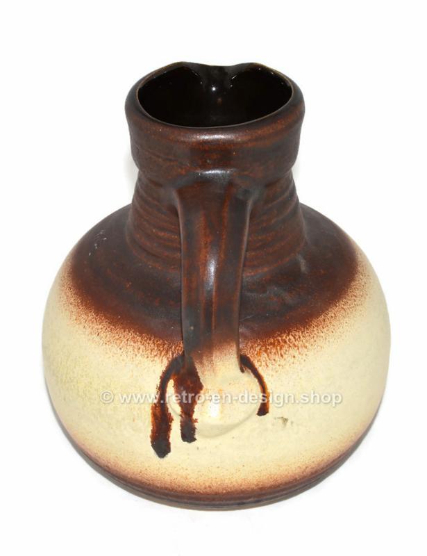 West-Germany Pot ou vase en faïence par Bay Keramik, modèle 631-20