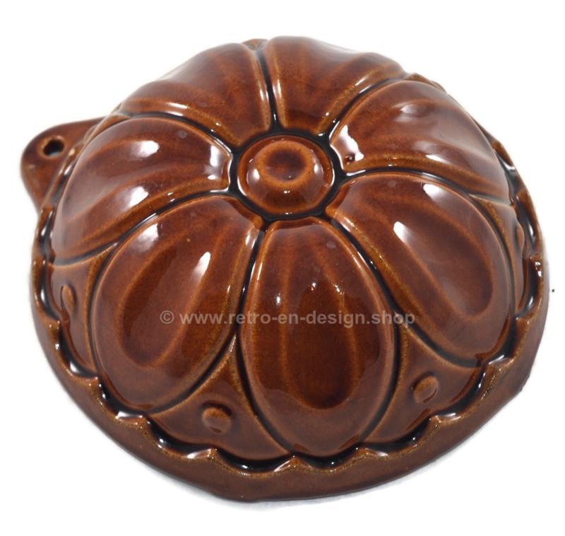 Vintage West-Germany braun Steingut / Keramik Puddingform in Blumenform