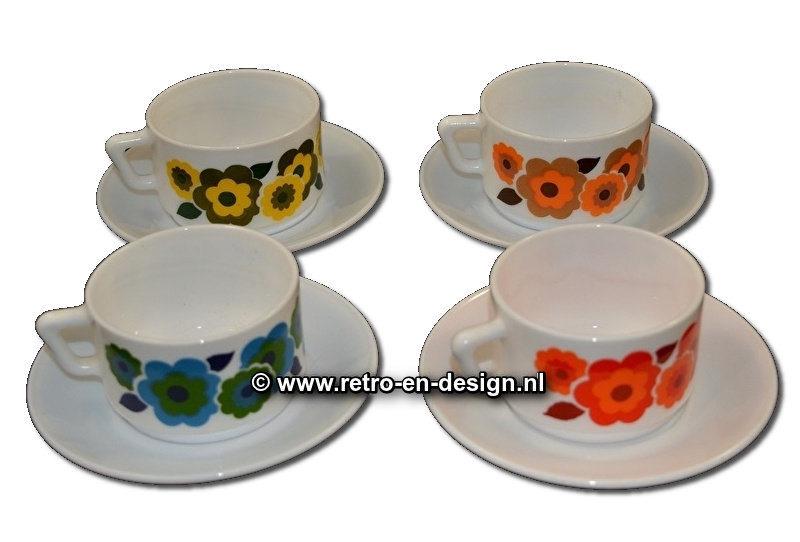 Arcopal France Lotus, Cup and saucer