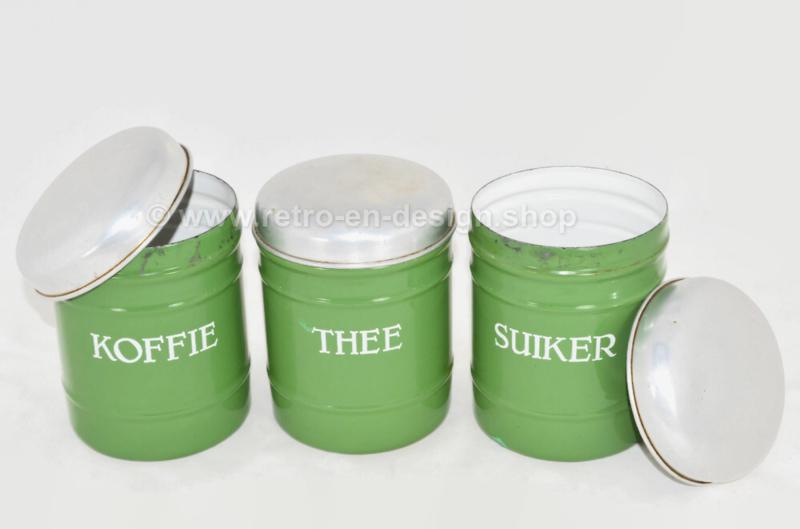 Set van drie brocante geëmailleerde voorraadbussen voor Koffie, Suiker en Thee in reseda groen