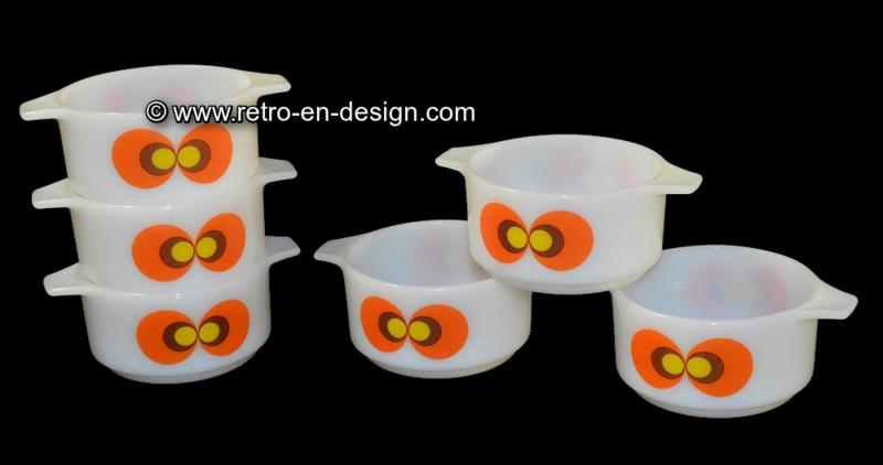 Schott Mainz, JENAer Glas Carina, peacocks eyes. Soup bowl
