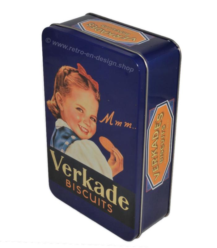 Boîte à biscuits vintage bleue avec une jeune fille, faite par Verkade... Mmm..