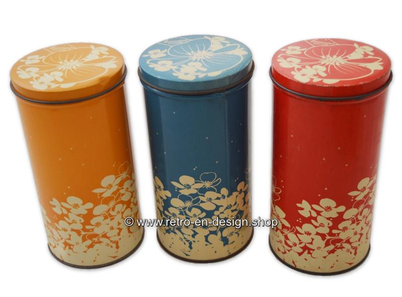 Vintage set of three Hooimeijer zwieback tins in red, orange en blue