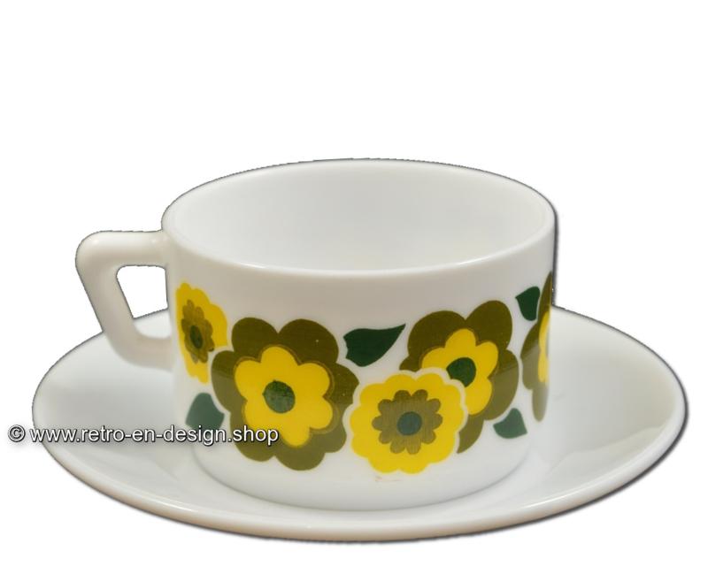 Vintage Arcopal France LOTUS koffiekop en schotel, Groen/geel