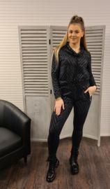Sweater with hangcollar  211 Layla  Black
