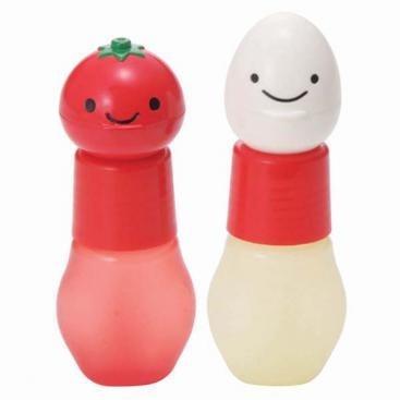 vrolijke dressing/ saus flesjes