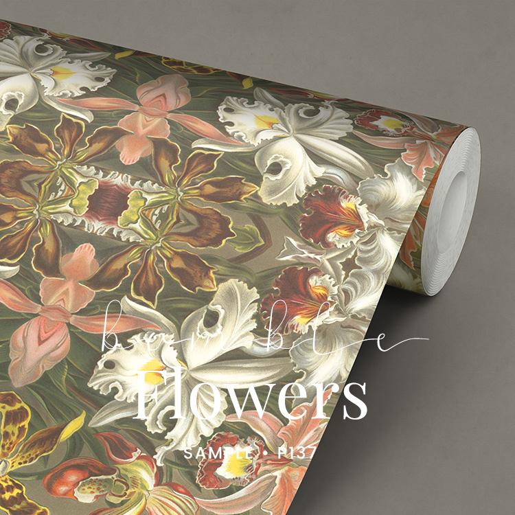 Bumble Flower / Vintage bloemen behang