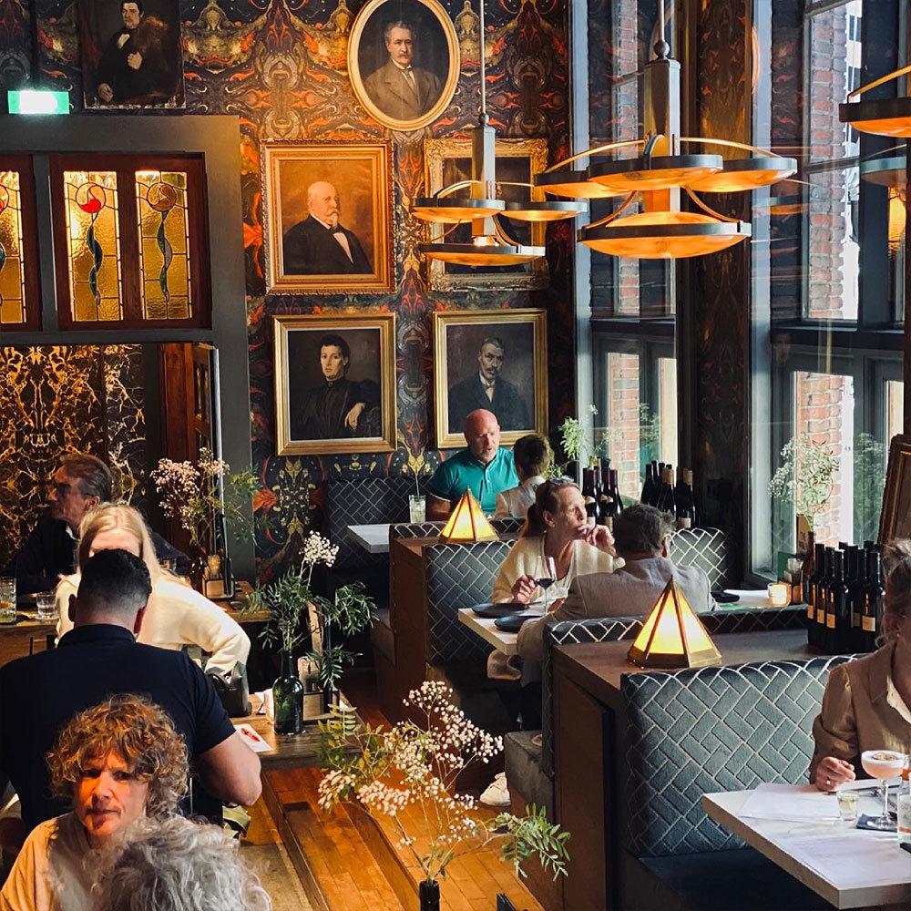 Bar interieur wandbekleding
