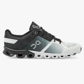 On Hardloopschoenen Cloud Flow Black/White | HEREN