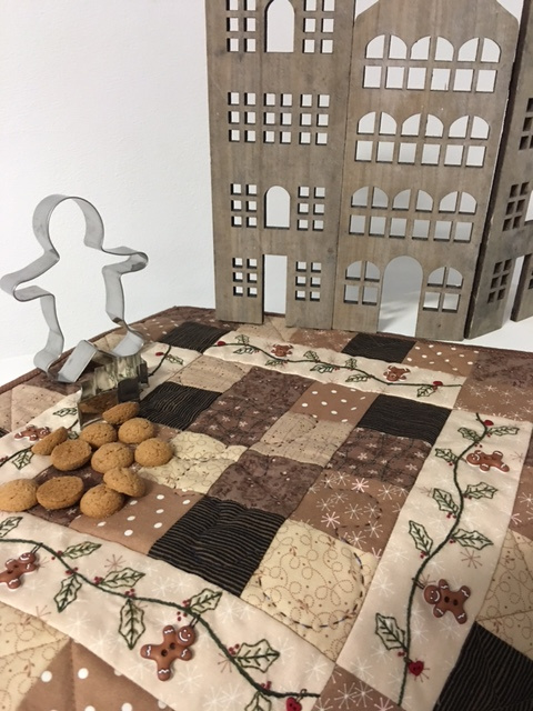 Gingerbread quiltje with buttons