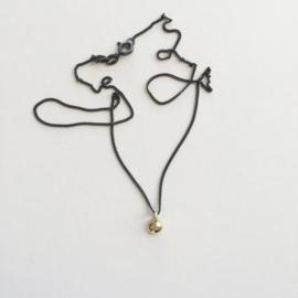 Necklace - Apple of my eye gold/black