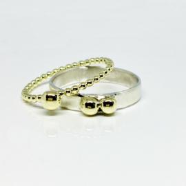 Combinatie ring 3 oogappeltje gouden bolletjesring