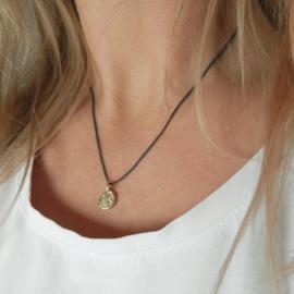 WILD & FINE ketting zwart zilver | hanger goud