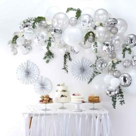 DIY: Zilveren Ballonnen Boog / Slinger Set - Zilver/Wit  ballonnen - 70 st.