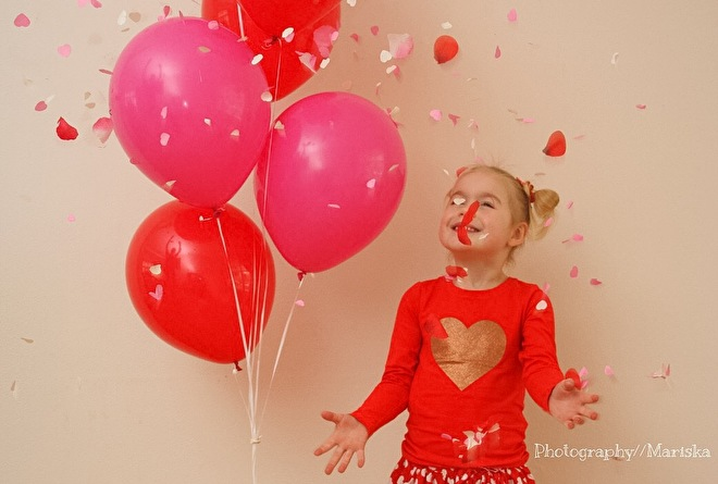 Confetti -zwart - goud - zilver - metallic - Rose hartjes - rood - oranje -Baby  Rose - Baby blauw - baby