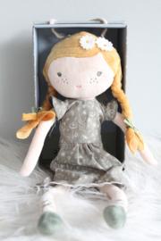 Knuffelpop Julia - Little Dutch