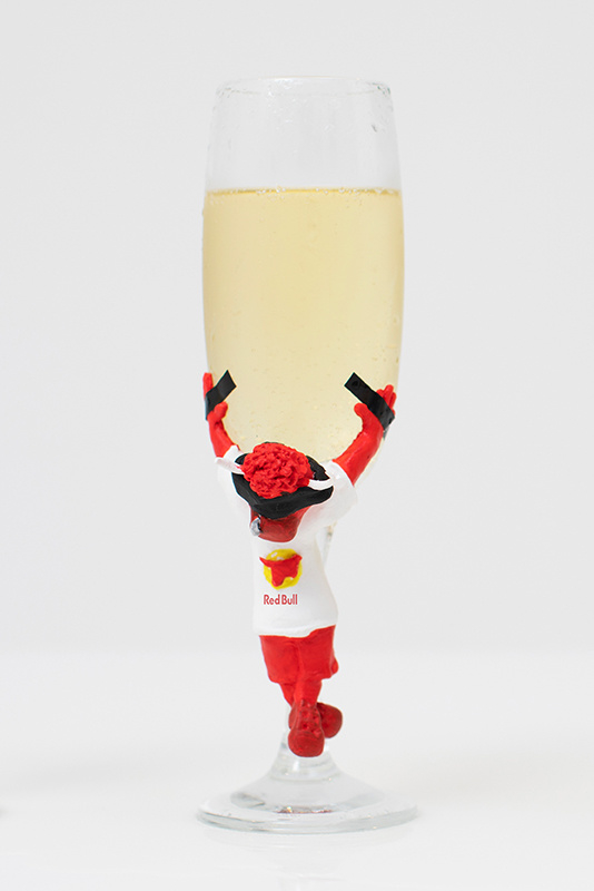 Guilty Pleasure Red Bull champagneglas