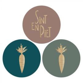 set van 3 ronde sluitstickers Sint en Piet met gouden wortels
