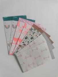 Set van 8 cadeauzakjes; 4x 2 verschillende kids dessin (m)