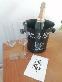 Zwarte koelemmer Mr. & Mrs. + trouwdatum