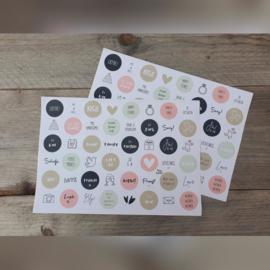Stickervel trouwen, liefde 48 ronde (sluit)stickers