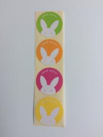 Set van vier (sluit)stickers met een haasje en de opdruk  vrolijk pasen