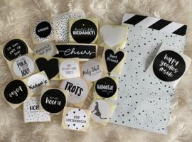 Stickerset van 20 stuks Verschillende sluitstickers zwart /wit