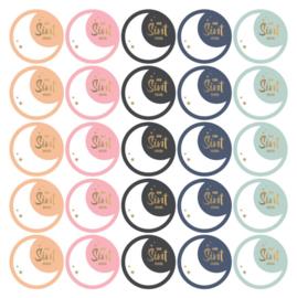 set van 10 ronde cadeau sluitstickers in kleur met goudfolie met een maan van Sint voor: