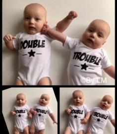 double trouble rompers voor tweelingen