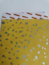 cadeauzakje terrazzo oker/mint/roest  12 x 19 cm