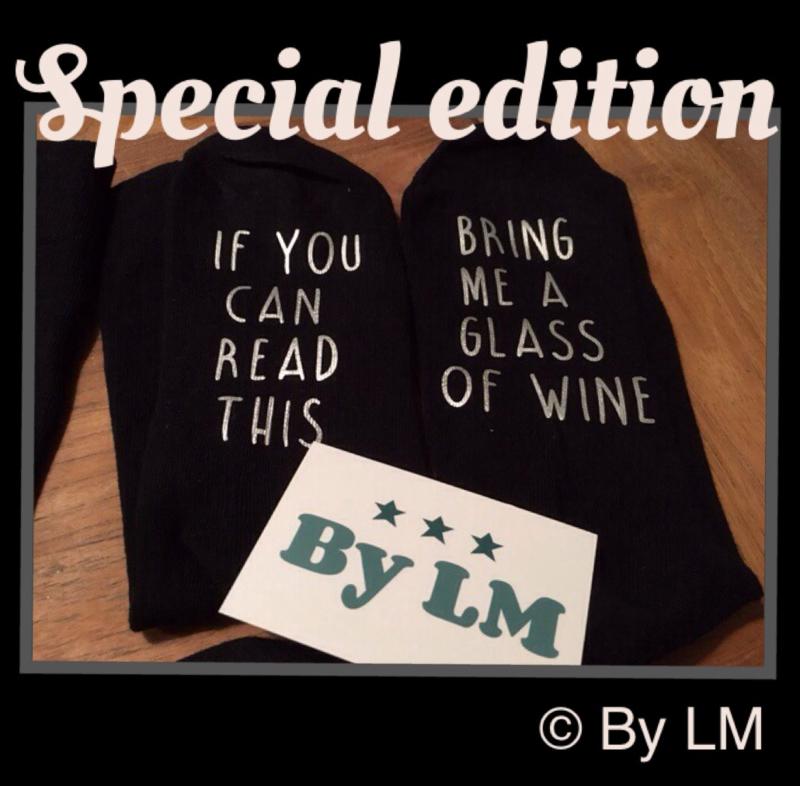 special edition sokken met zilveren opdruk IF YOU CAN READ THIS BRING ME SOME WINE