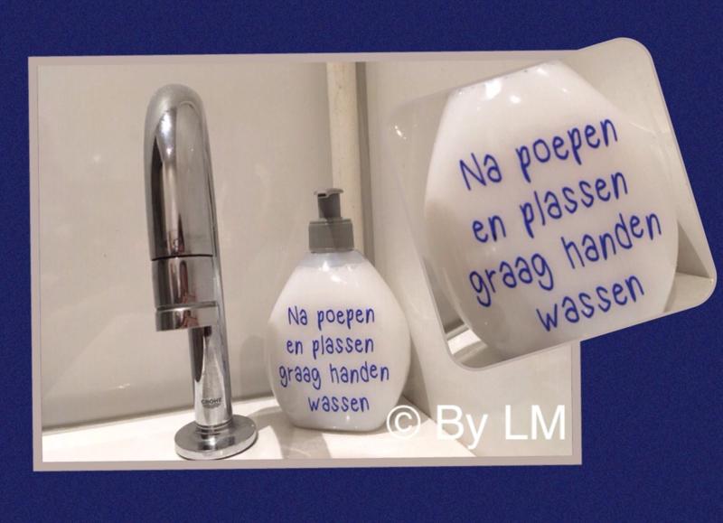 Zeeppompje na poepen en plassen graag handen wassen