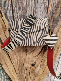 Zebra schoudertas koeienhuid