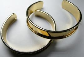 Metalen armbanden