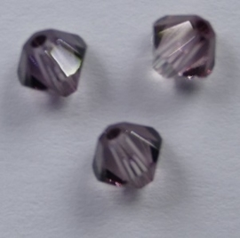 4 mm Antique Pink Swarovski Element Bicones