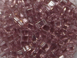 Miyuki Half Tila Beads, 5x2,3 mm , Amethyst, kleurnummer 142