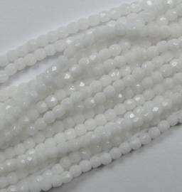 Streng van ongeveer 150 stuks Czech Glass True 2 mm Firepolish, Chalk White