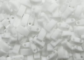 Miyuki Half Tila Beads, 5x2,3 mm , Opaque Matte White, kleurnummer 402F