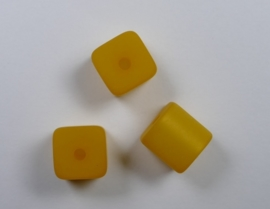 8 mm Polaris kubus kraal, saffraan