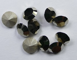 Maxima Chaton, ss24, Preciosa, Crystal Metallic Light Gold