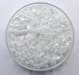 Miyuki Rocailles, hex cut 8/0, Ceylon White Pearl, kleurnummer 528
