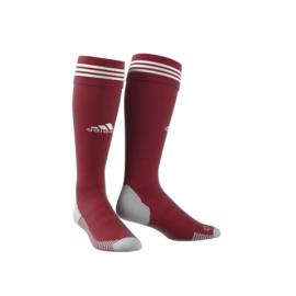 Rode Adidas voetbalsokken met witte strepen