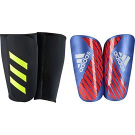 Adidas X Pro scheenbeschermers met sok rood - blauw