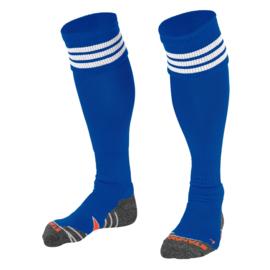Blauwe sokken met witte ringen