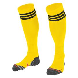 Gele sokken met zwarte ringen