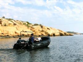 River 350 XR met stuurconsole