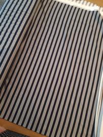 zwart en witte grojze streep