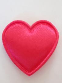Hartjes satijn fuchia roze 21 mm