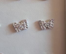 Zilveren oorbellen vlinder met steentje