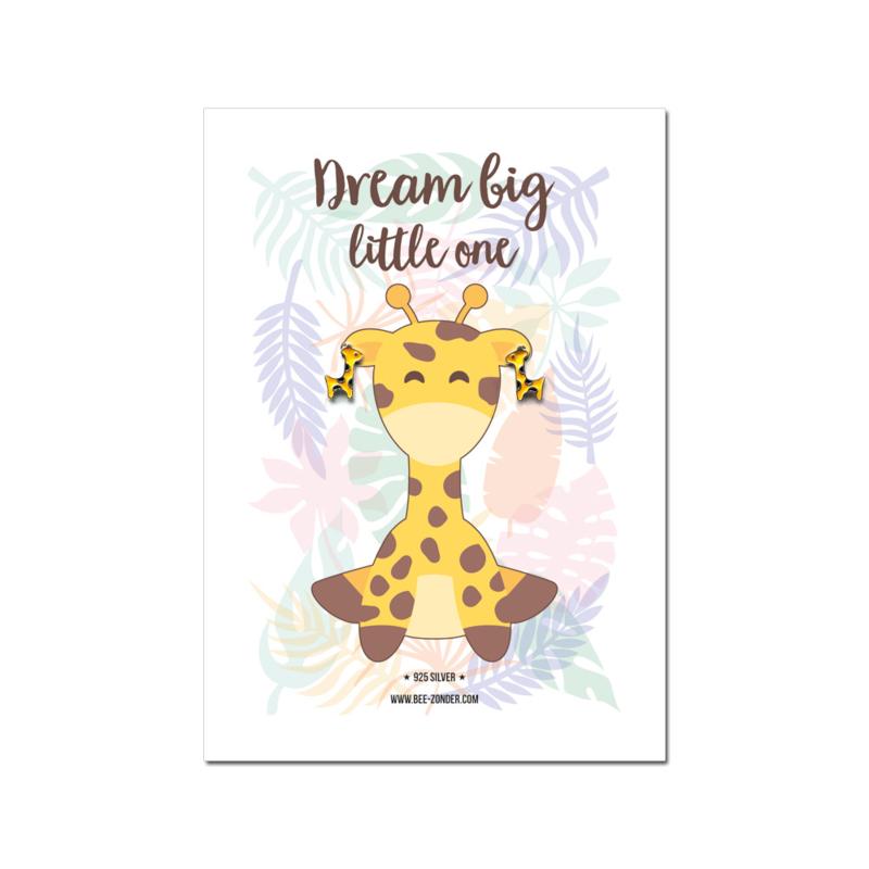 Giraffe oorbellen op wenskaart